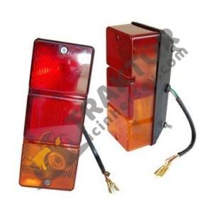 Arka Stop Lambası Köşeli Çamurluk Sağ Massey Ferguson 240 – 240S – 255 – 265 – 265S – 275 – 285 – 285S Yerli İmalat TIH000001295