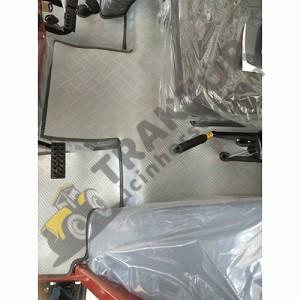 Tümosan 8075 – 8085 – 8095 12 3 Vites PVC Traktör Paspasları 2018 Model TIH000000453