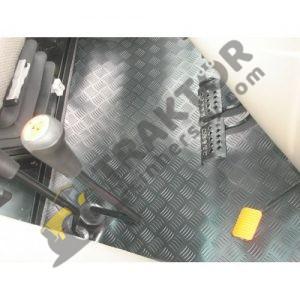 Case IH JX80 – JX90 – JX100 Max Pro (2013-2018 Modelleri İçin) PVC Paspas OC0904201803161