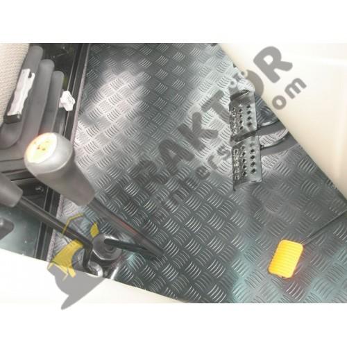 Case IH JX80 – JX90 – JX100 Max Pro (2013-2020 Modelleri İçin) PVC Paspas OC0904201803161