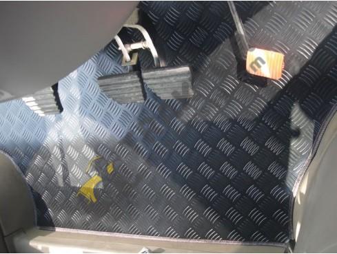 Case IH Maxxum 110 – 120 – 125 ve 130 Modelleri PVC Traktör Paspası OC08042018175624